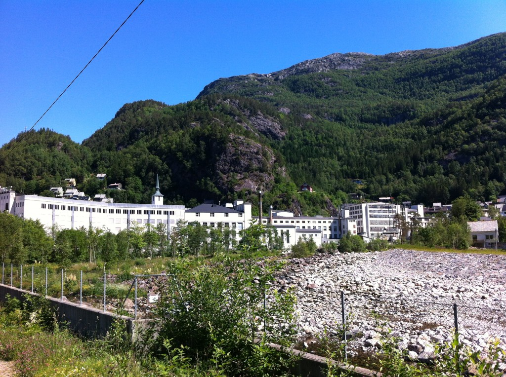 """Den nedlagda manufakturfabriken som i 120 år tillverkade lusekoftor under namnet """"Dale of Norway""""."""