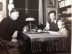 På besök hos farbror Birger och faster Märta i ateljévåningen på Bergsunds strand.