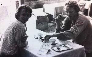 Svenska vännerna Hans Bartos och Anders Kumlander i  en fikapaus på Speisehaus.